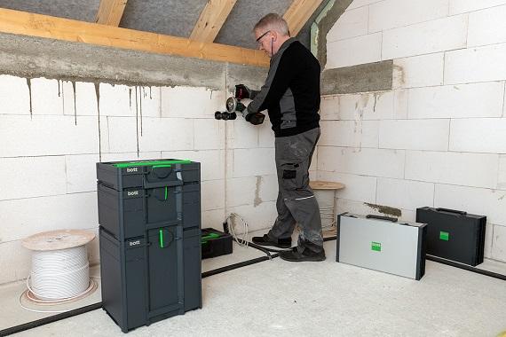 Pracovné kufríky na stavbu