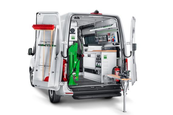 Zariadenie servisných a montážnych vozidiel